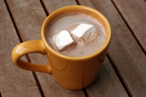 Homemade Vanilla Hot Chocolate